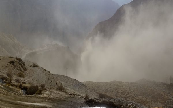Chinese caterpillars busy spoiling the environment, producing even more dust then there was in Peissel's time