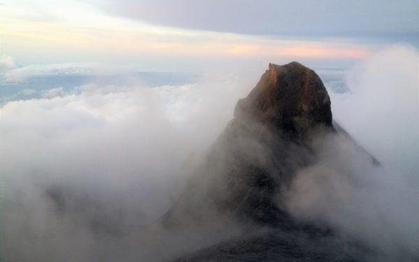 St John's Peak, the second highest peak at 4090m