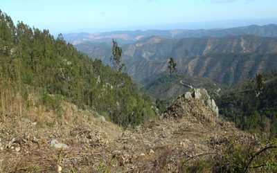 Rolling hills dominated the views after Penedo do Buraco