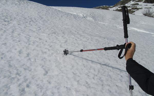 trekking poles2