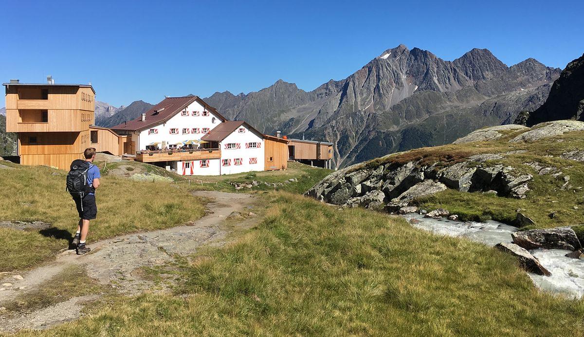 Neue Regensberg hut