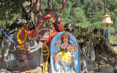 Wayside Shiva shrine