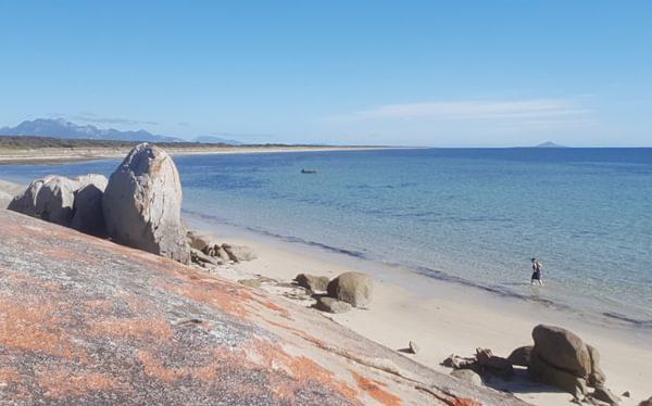 Blue Rocks Flinders Island