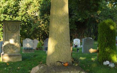 Sir Arthur Conan Doyle grave