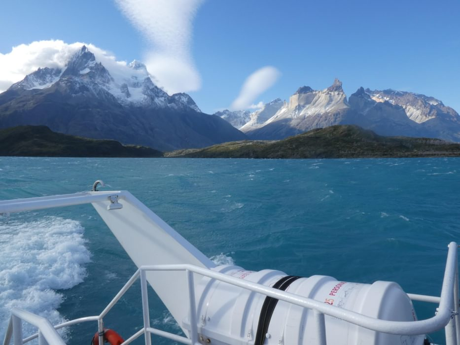 The view of the mountains from the Lago Pehoe catamaran