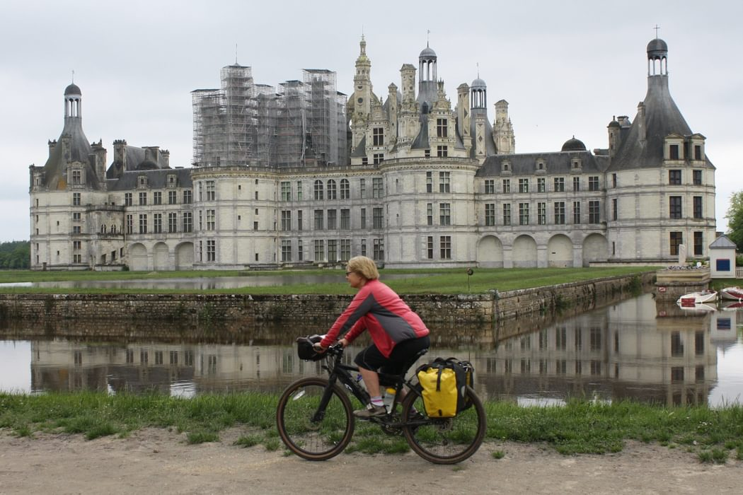 The River Beuron Flooded The Great Chateau At Chambord