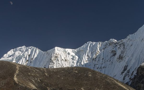 Above  Ama  Dablam Base Camp At Around 5000M The Scenery Is Dominated By  Malanphulan 6573M And Its Impressive North Face