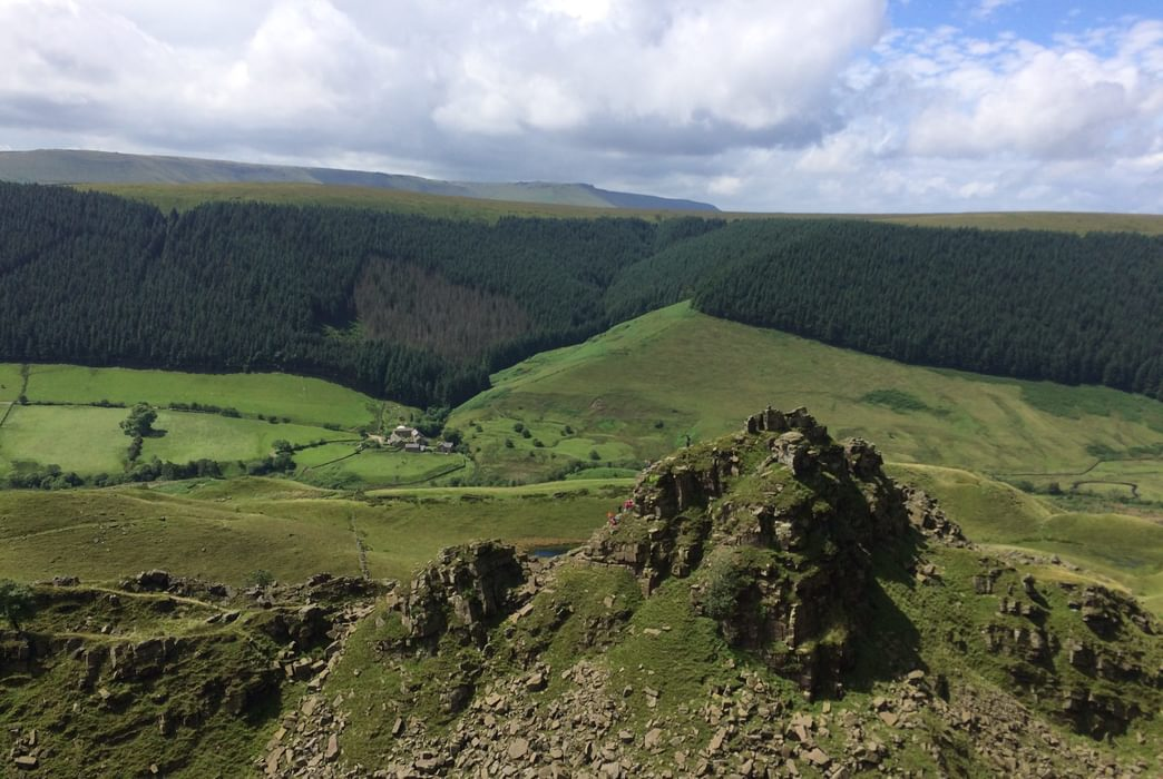 Alport  Castles With  Alport  Hamlet In The Valley Below