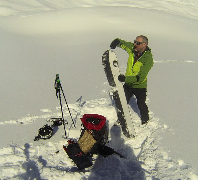 Dave  Making The  Splitboard  Ready To  Descend