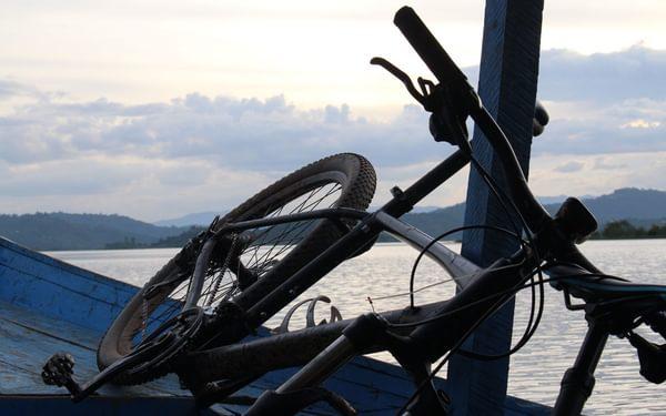 Lake Ruhondo by boat