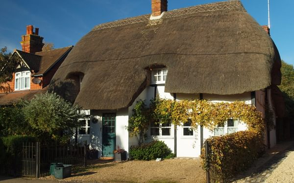 A traditional thatched cottage at Brightwell-cum-Sotwell