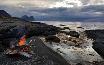 Campfire on Flatholmen looking west into the Arctic Ocean