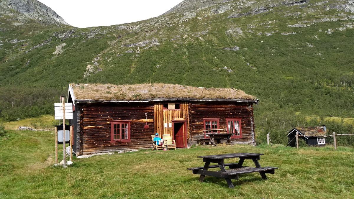 Membership of the Norwegian Trekking Association is a good investment if you intend to hike from hut to hut (Vassendsetra-Trollheimen)