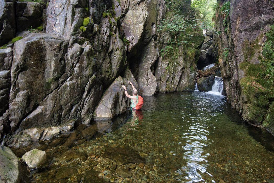 Deep wading