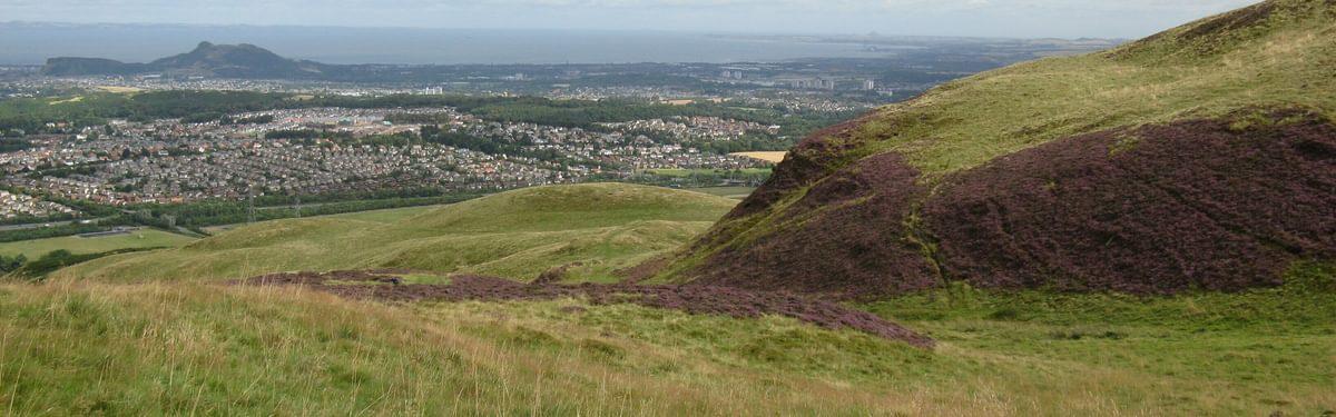 Arthurs Seat and Edinburgh from Allermuir Hill
