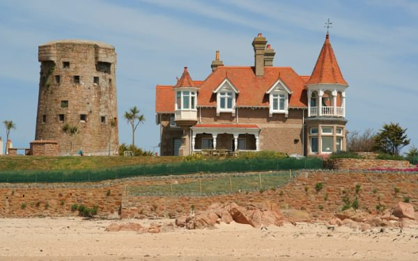 Turetted House Walking On Jersey