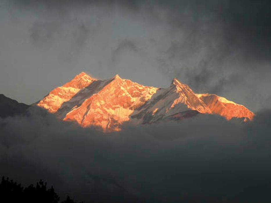 Annapurna I sunset from Kalopani