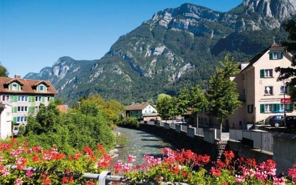 Mels on the Via Alpina 1