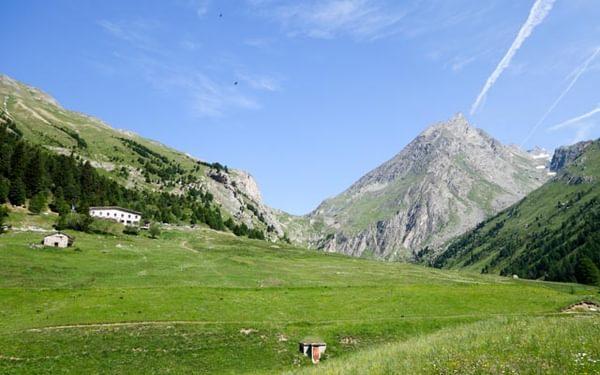 The Tour des Glaciers in the Vanoise National Park
