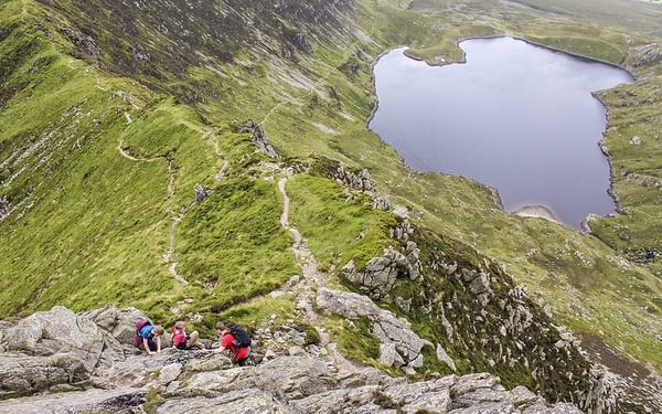 Sample Route from Scrambles in Snowdonia: Notch Arête 2***