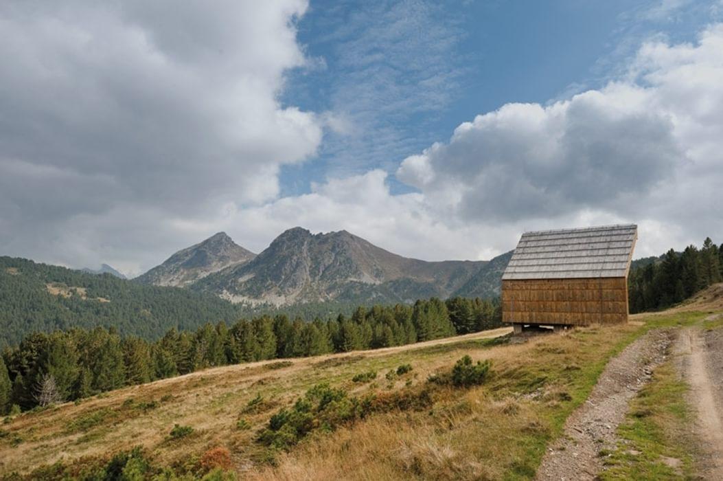 Alpine shelter near Hridsko jezero