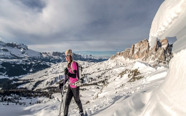 On the final summit ridge with views of Settsass