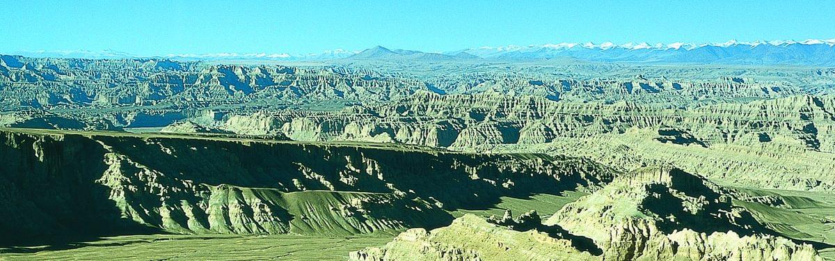 Views of Mangang valley, Tibet
