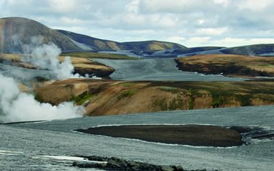 The Laugavegur, with hot springs at Stórihver