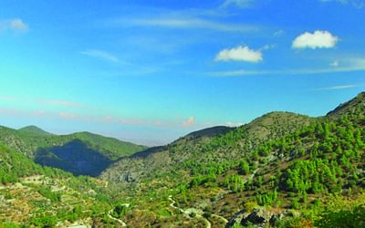 Mountains near Lagoudera