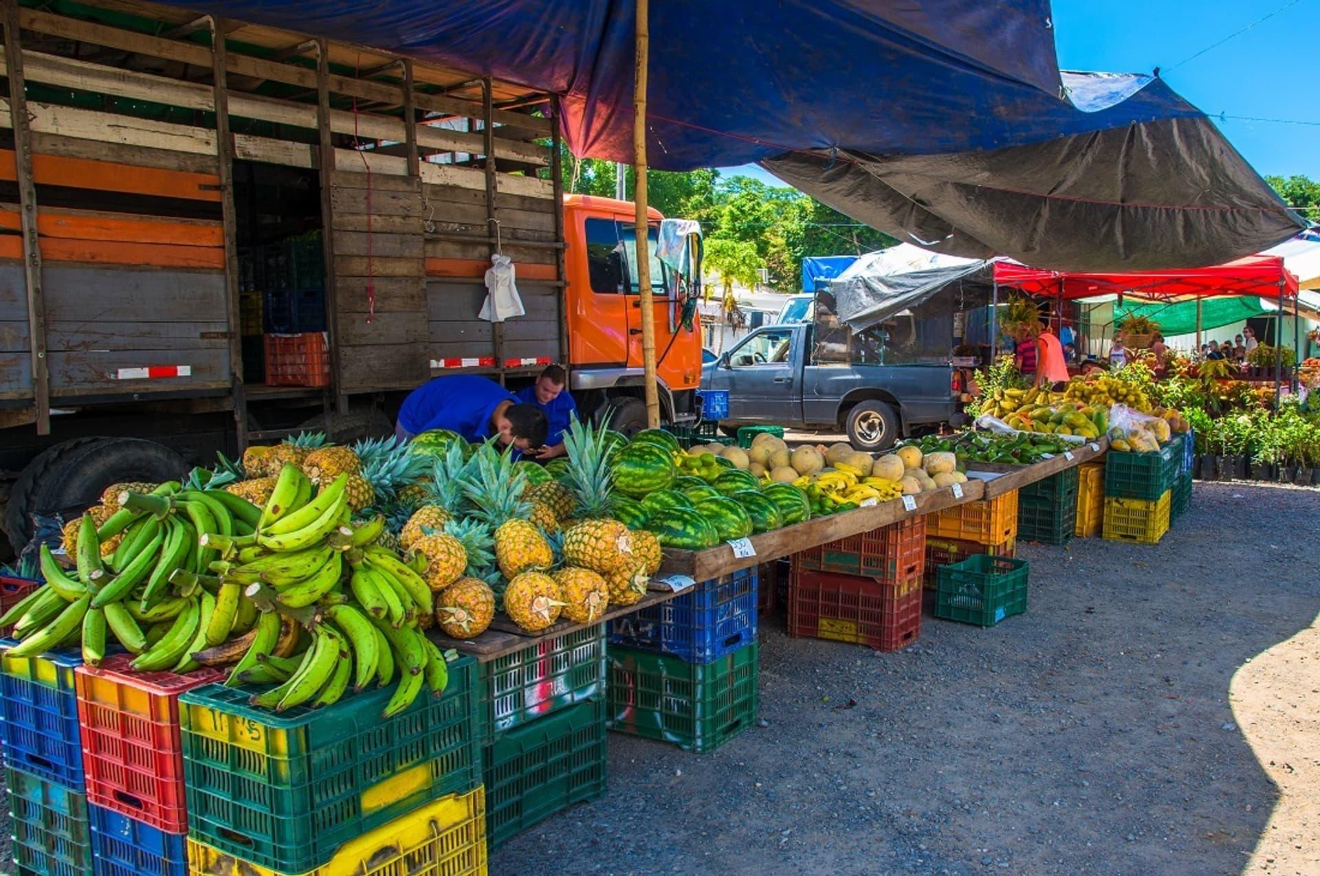 Marktstand in Costa Rica: Touristen und Fremdarbeiter fehlen als Kunden wegen Grenzschließung