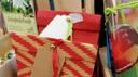 Zwei weihnachtliche Geschenktüten