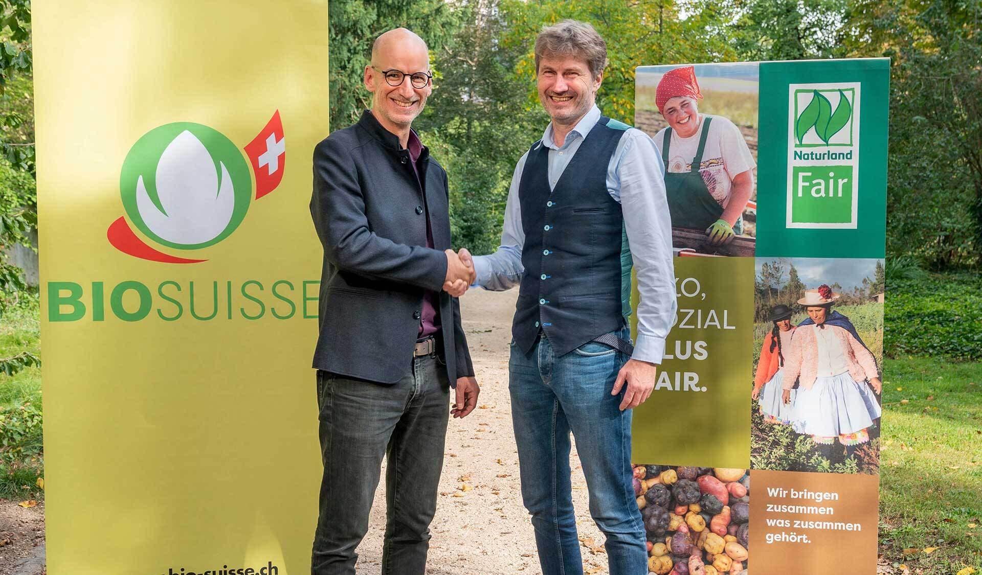 Steffen Reese, Geschäftsführer Naturland (links), und Balz Strasser, Geschäftsführer Bio Suisse.