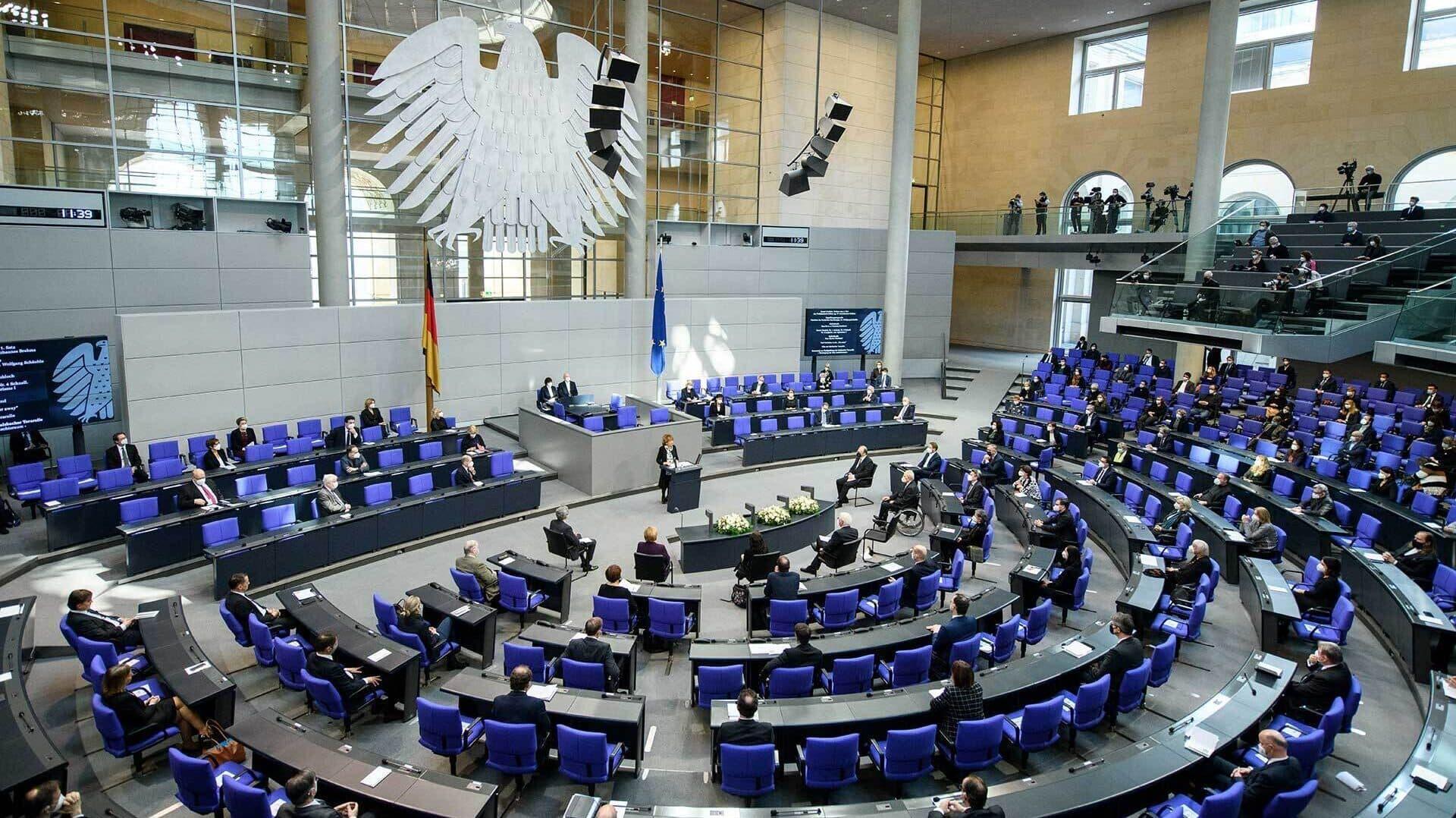 Blick in den Plenarsaal des Bundestags