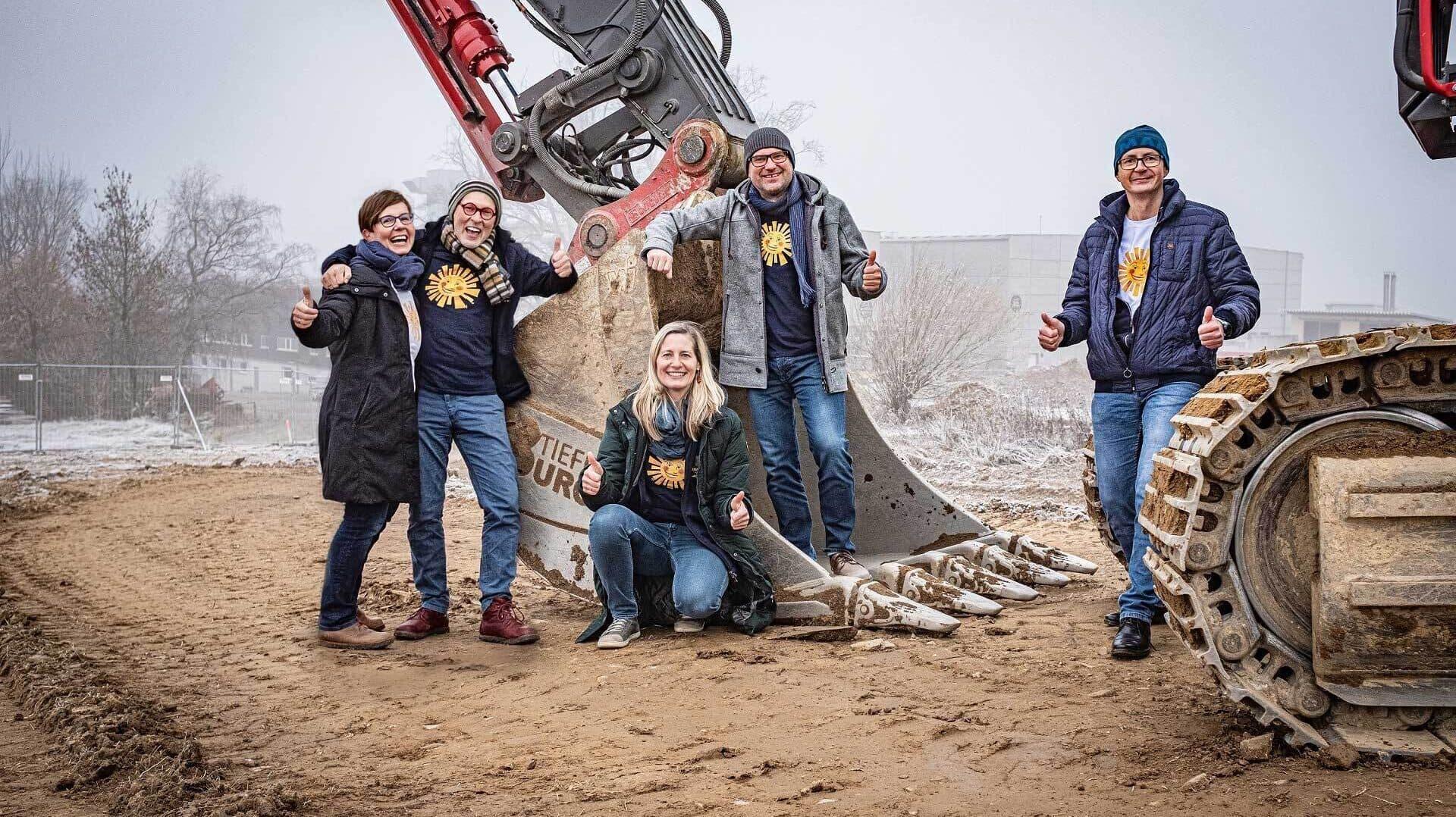 Sonnentor-Eigentümer Edith und Johannes Gutmann mit den Geschäftsführern Manuela Raidl-Zeller, Gerhard Leutgeb und Klaus Doppler (l.-r.)