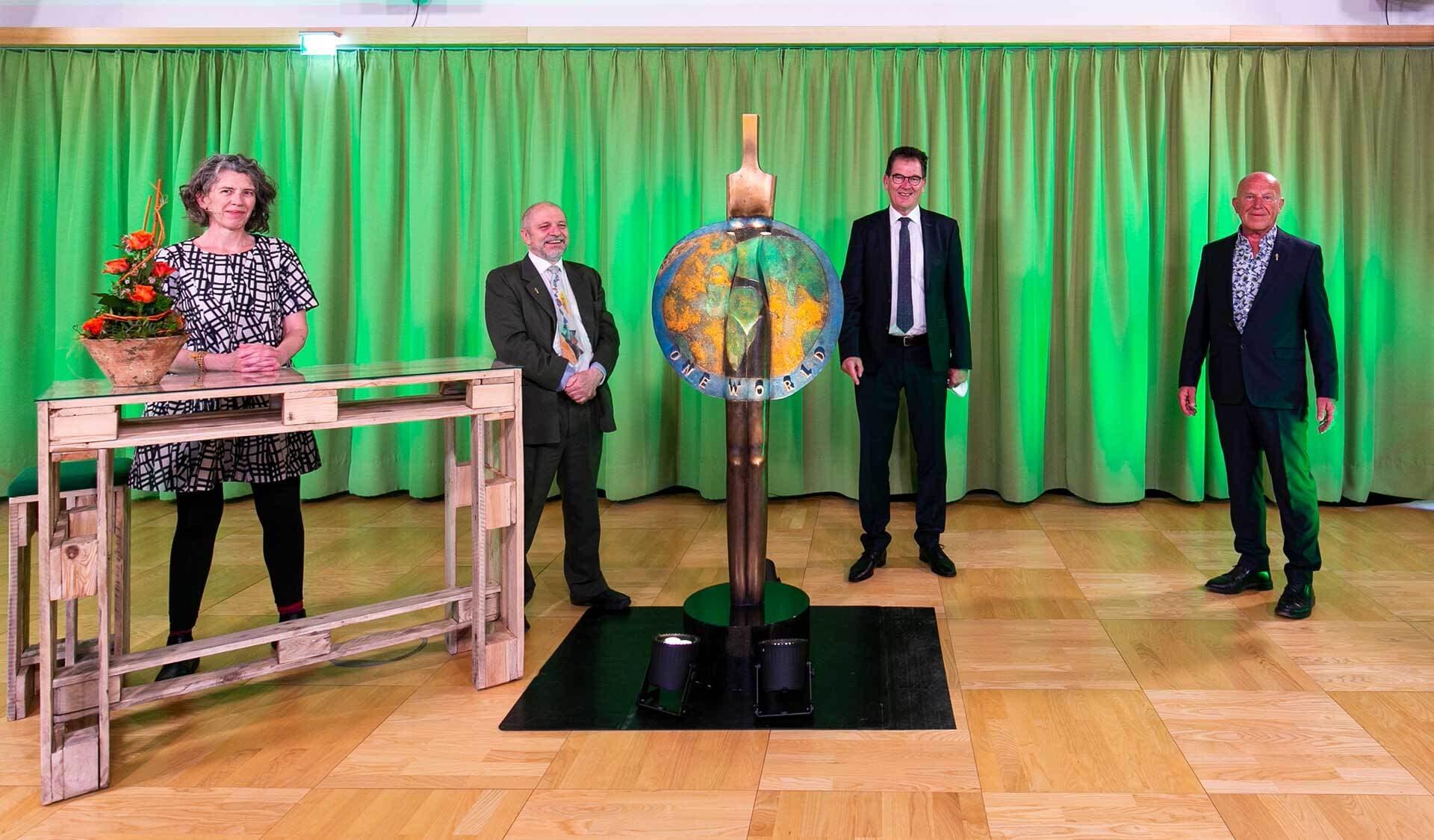 Owa 2021: Louise Luttikholt, Berndward Geier, Dr. Gerd Müller, Joseph Wilhelm