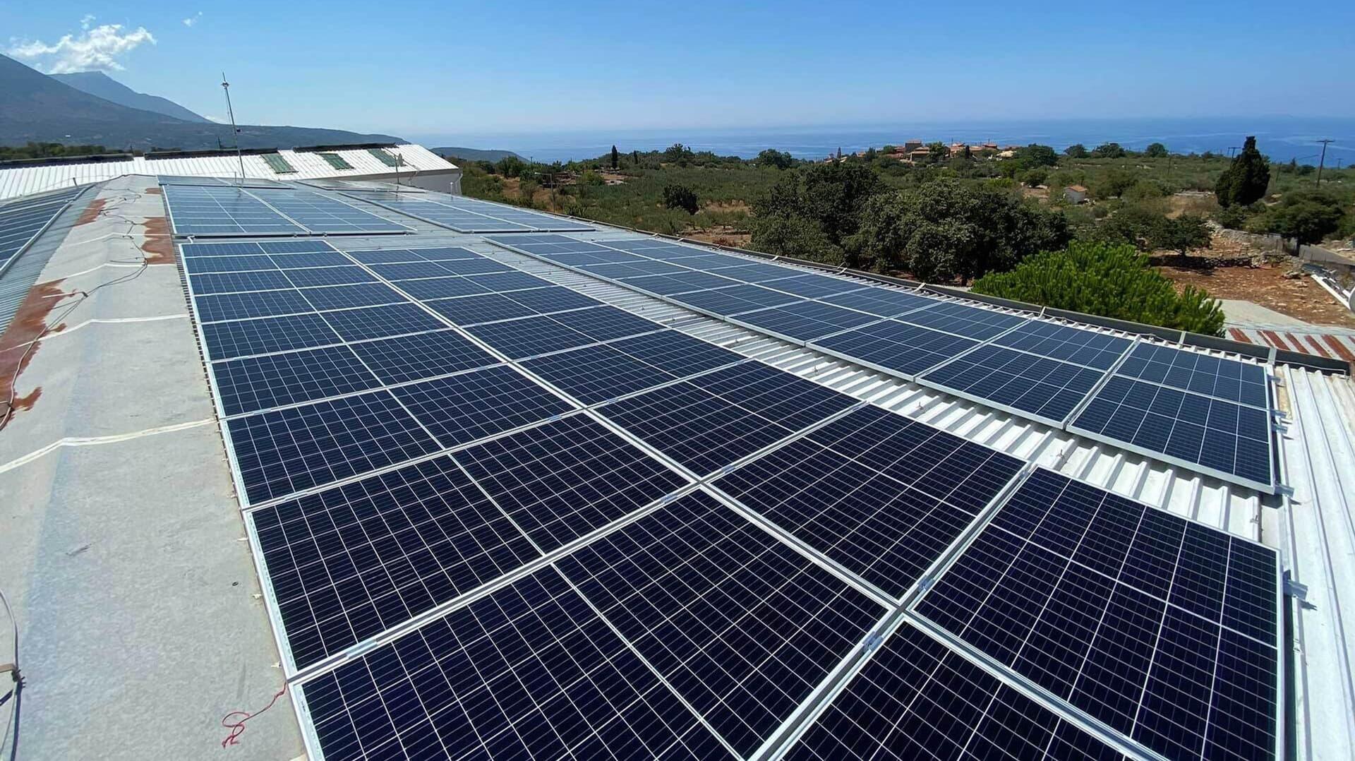 Photovoltaikanlage von Mani Bläuel