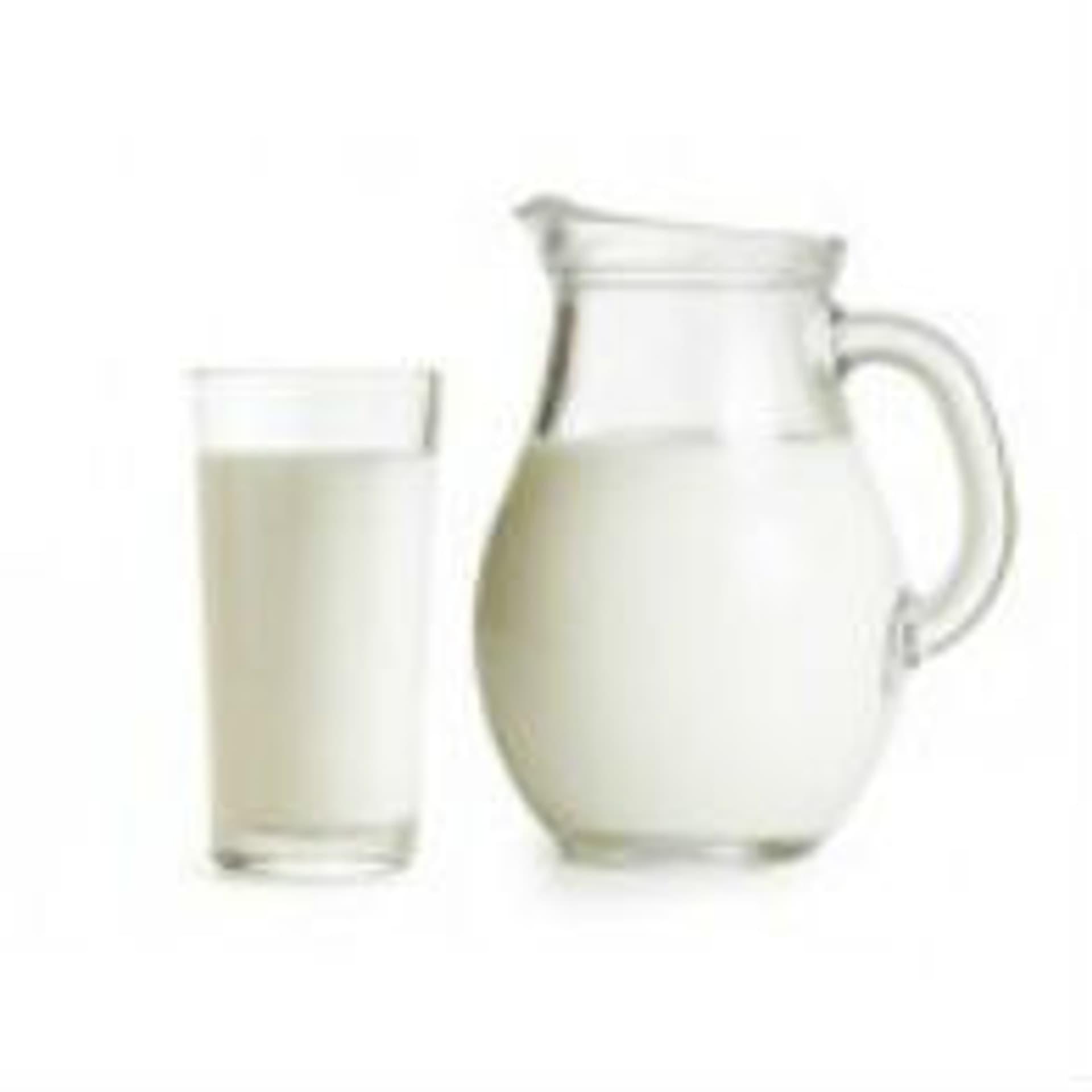 Milch c Andrey Kuzmin Fotolia