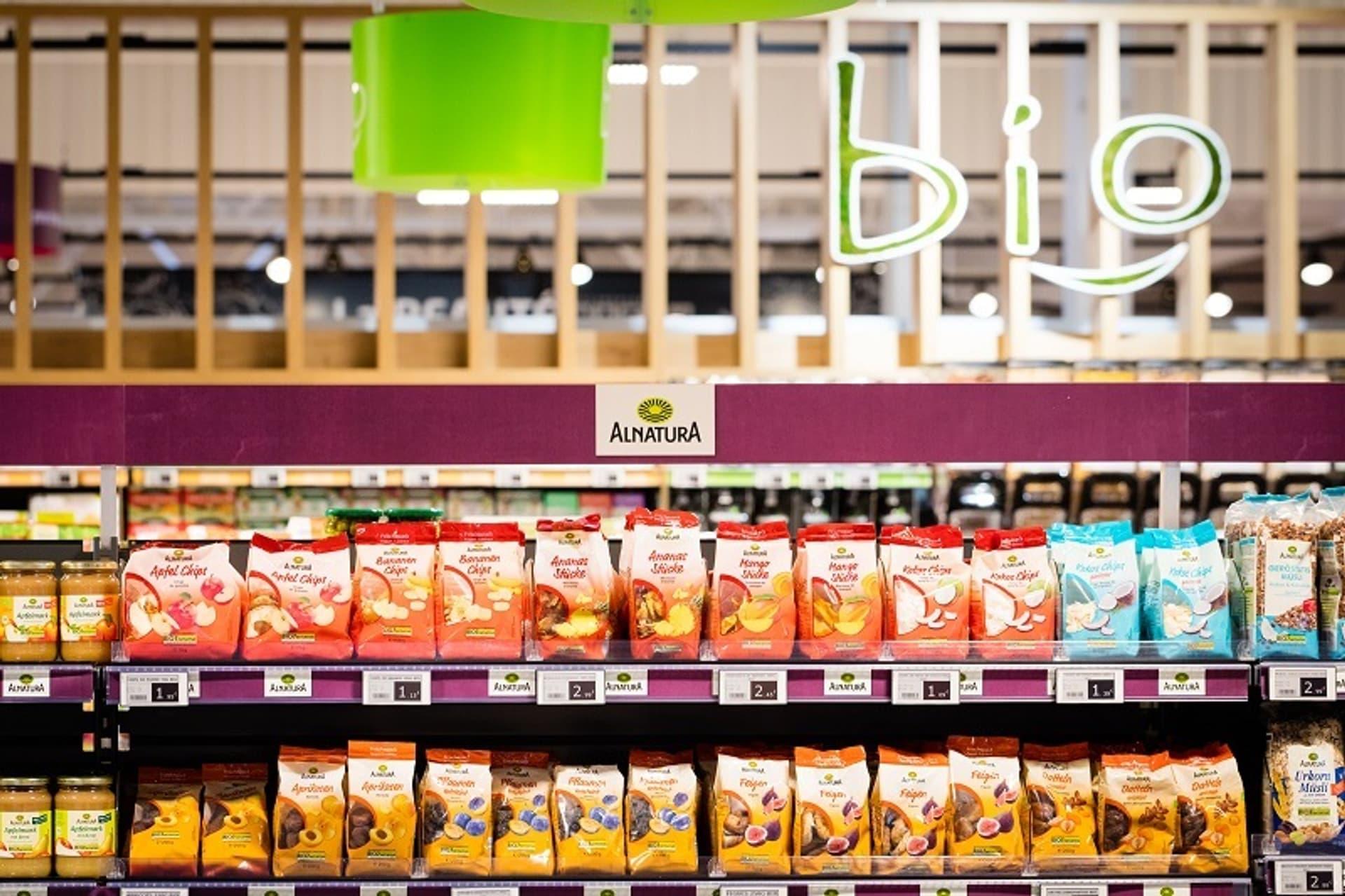 Alnatura Produkte bei Supermarches Match St Nicolas de Port Frankreich c PR Material Fotograf Ghesquiere