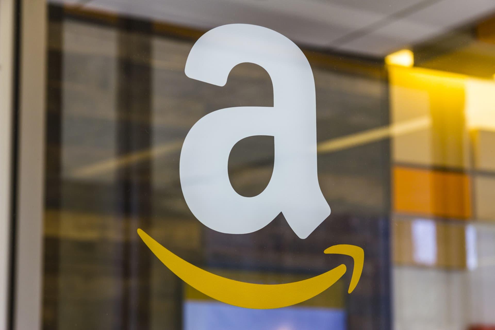 Amazon c Jonathan Weiss shutterstock 570418108