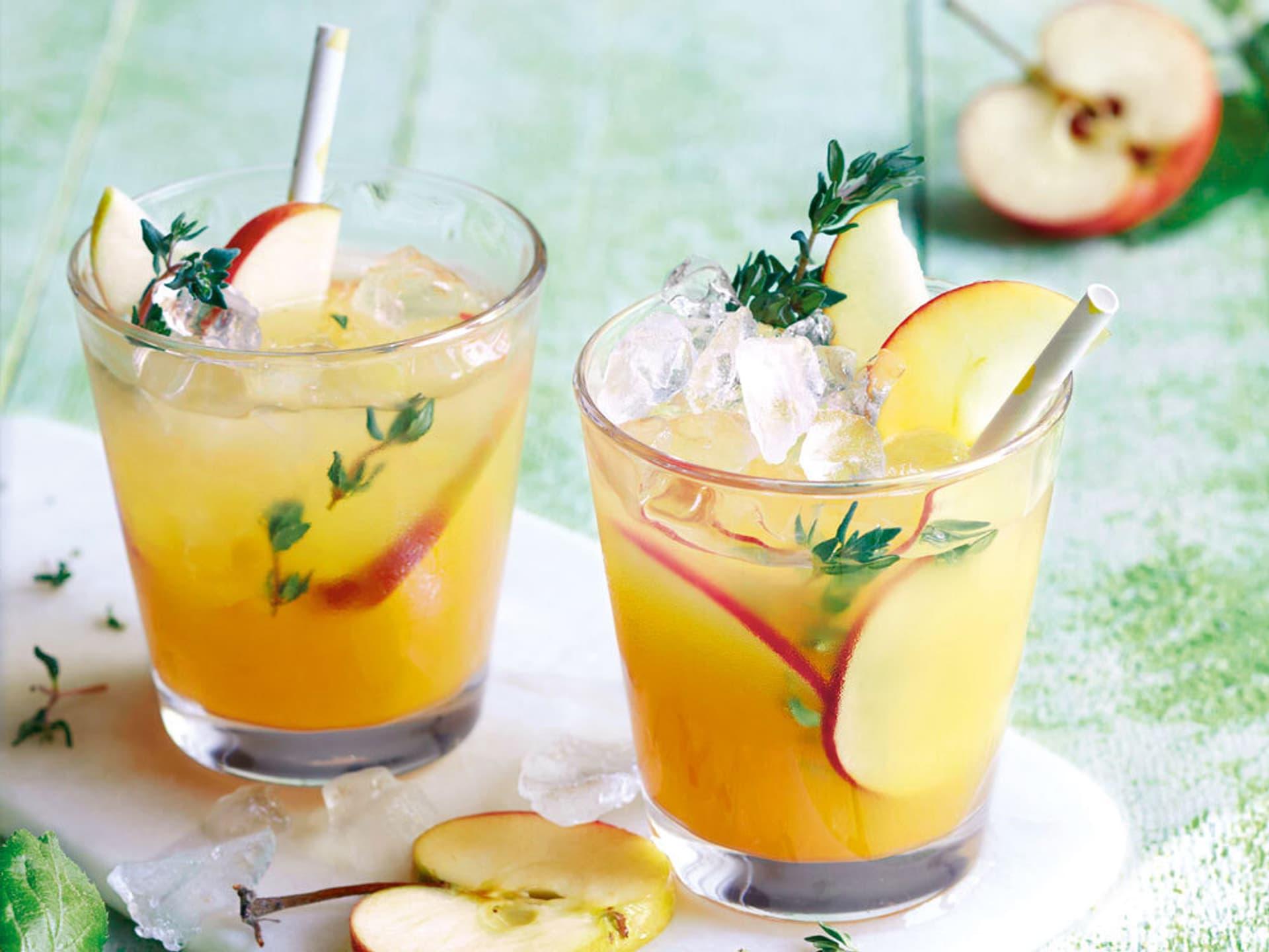Apfel sanddorn spritz