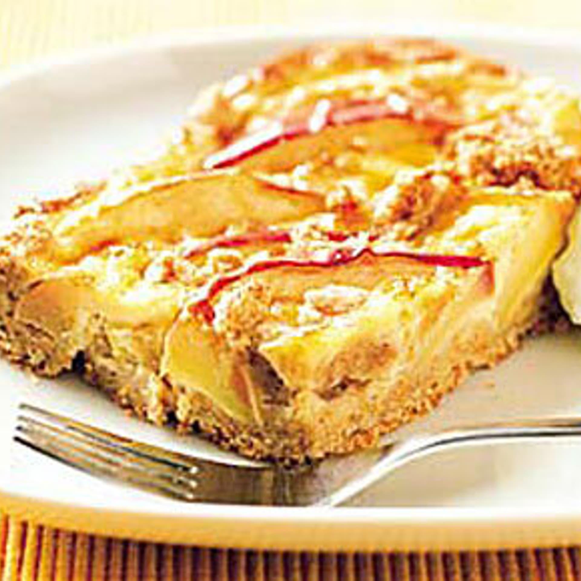 Apfelkuchen mit Schlagsahne