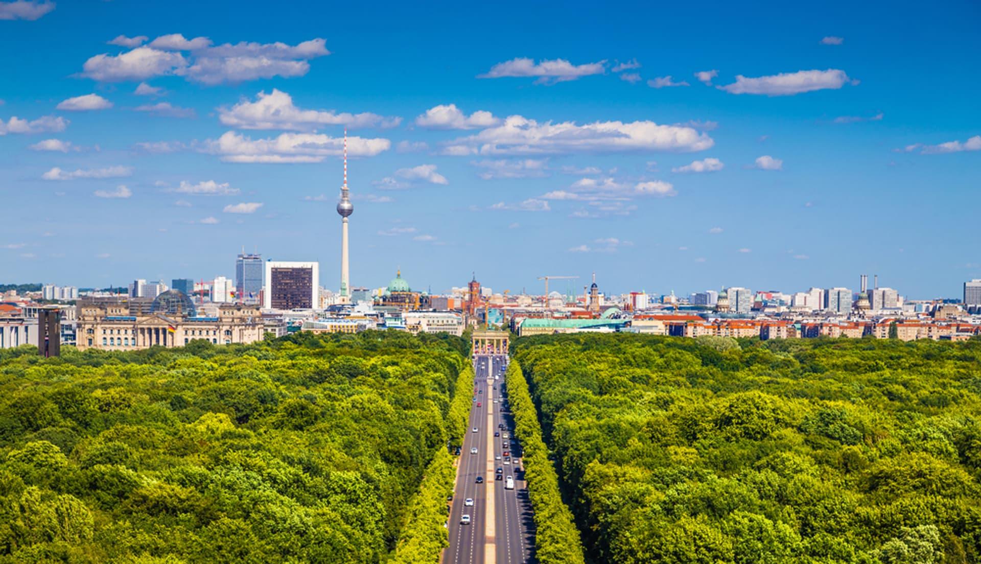 Berlin c Shutterstock canadastock