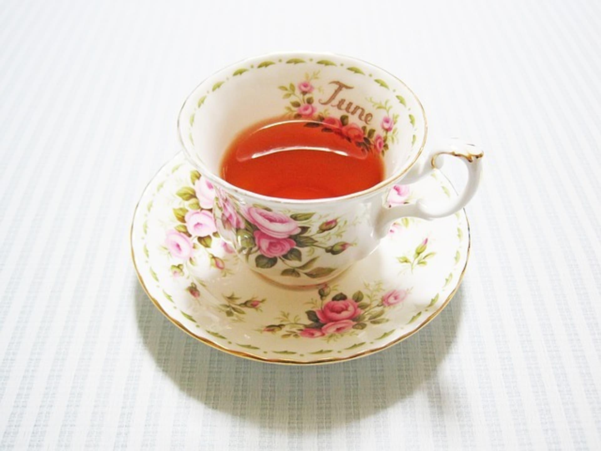 Tee Tasse c ixabay YUKIHIDE