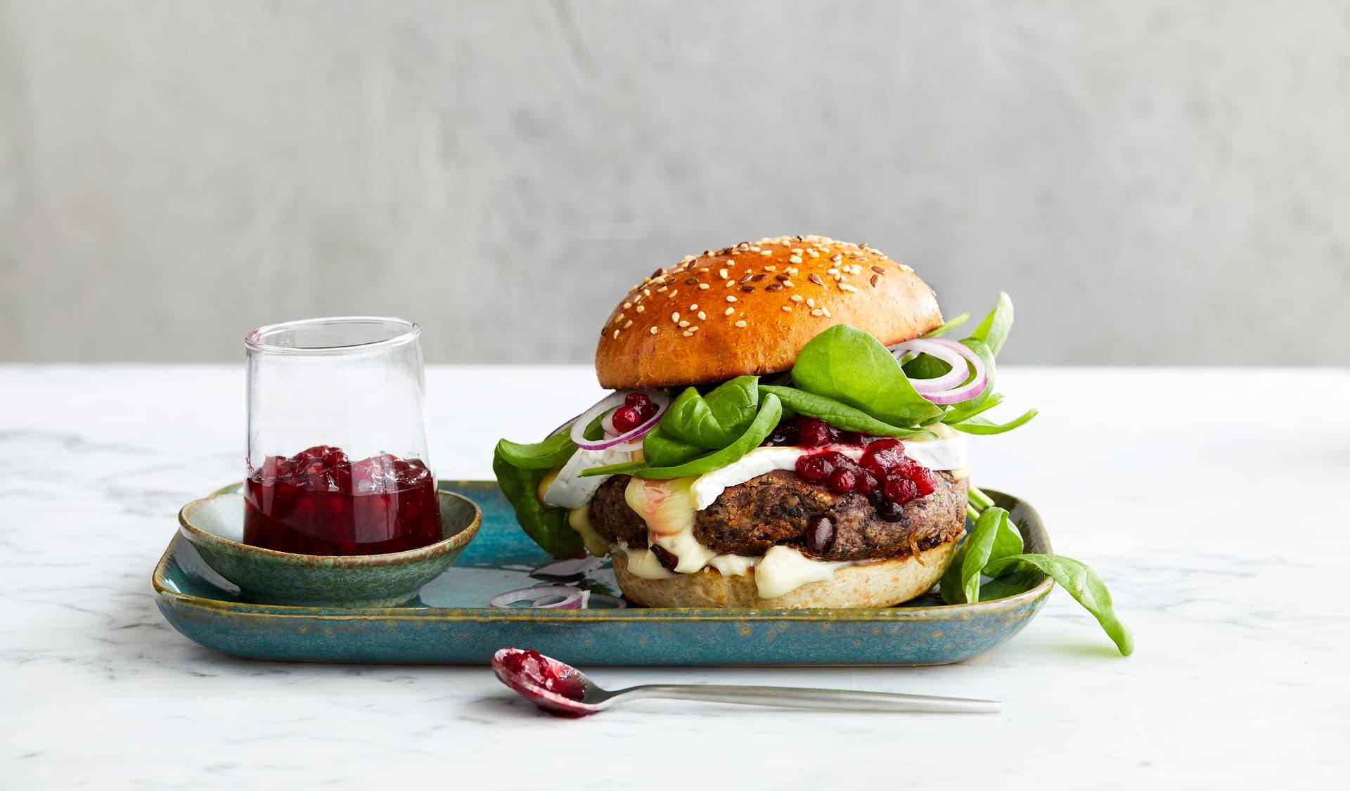 Black-Bean-Cheeseburger