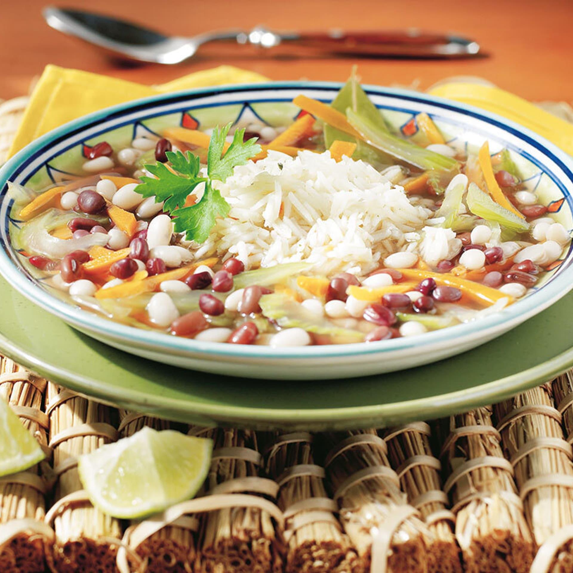 Bohnensuppe mit Reis