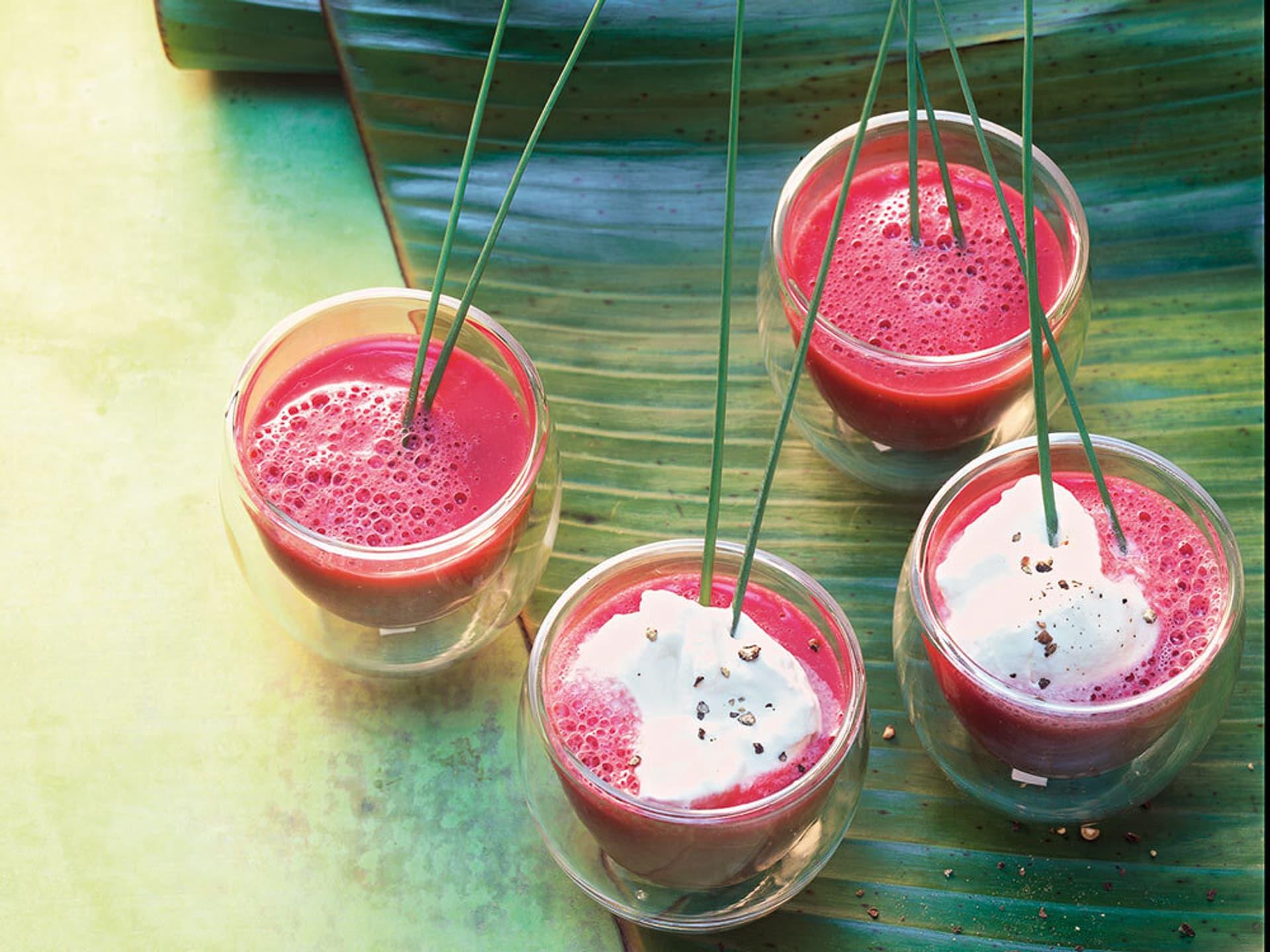 Cappuccino von Roter Bete mit Sesamöl