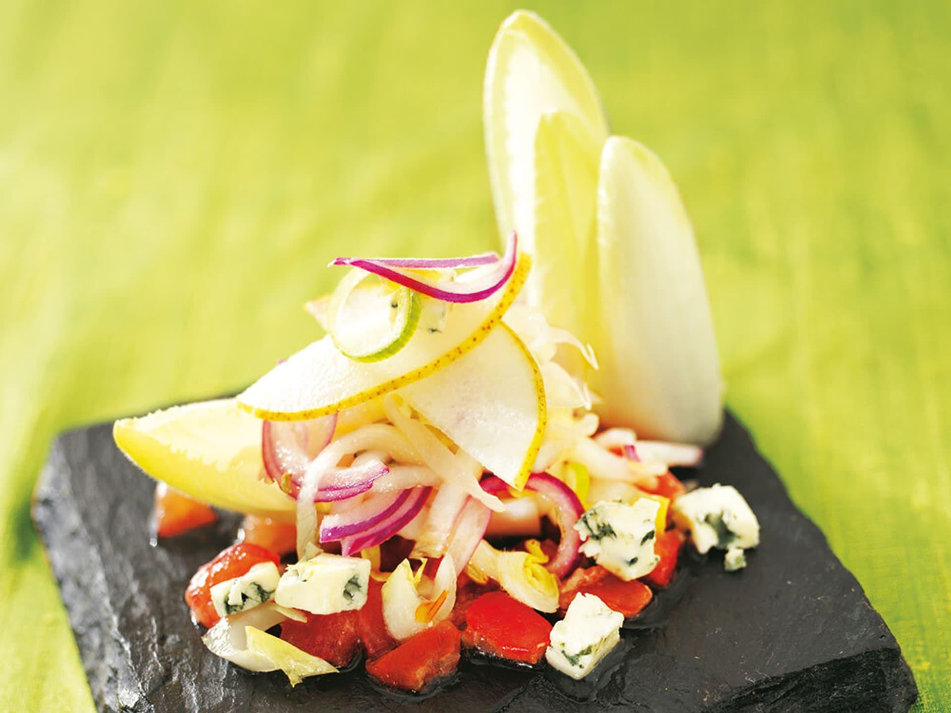 Chicoree-Salat mit Tomaten