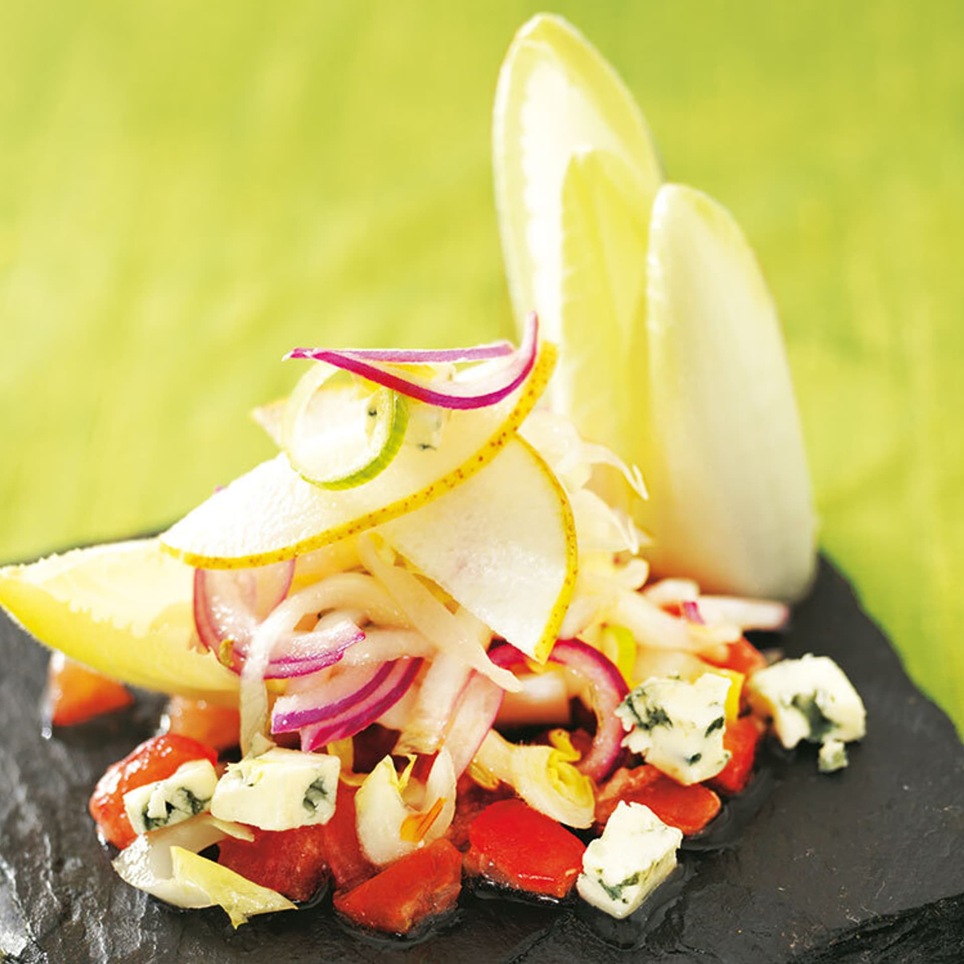 Chicorée-Salat mit Tomatengranité