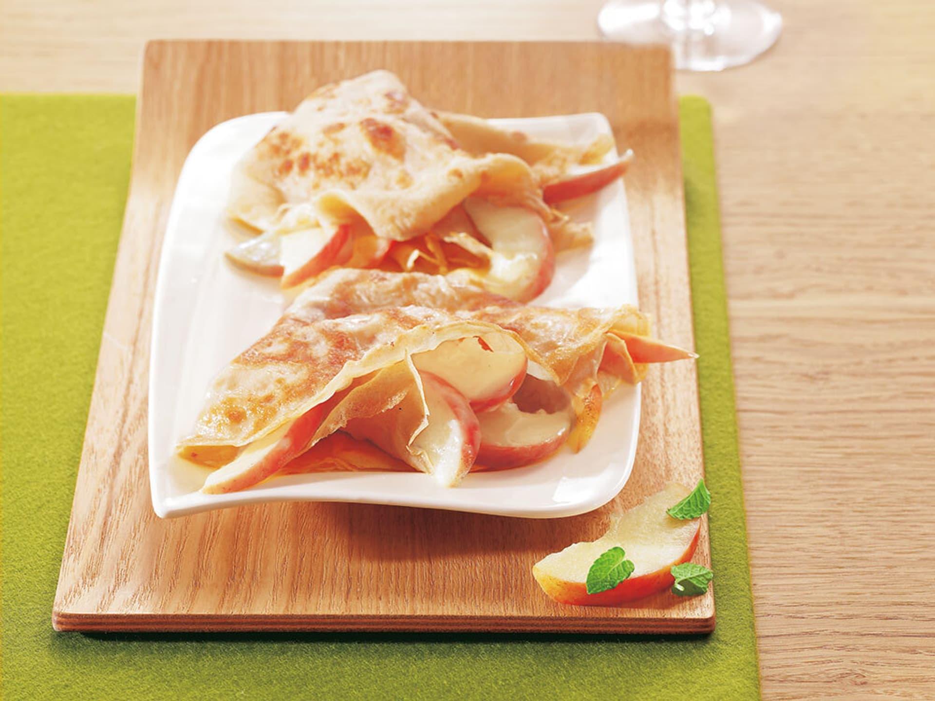 Crêpes mit Calvadosäpfeln
