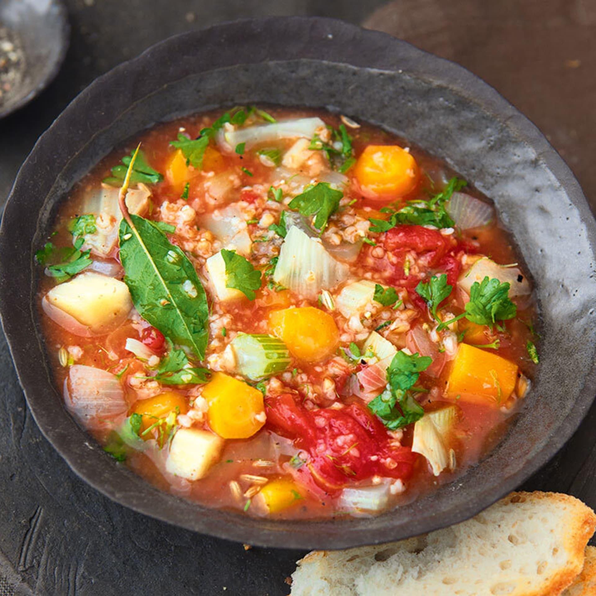 Dinkel-Gemuese-Suppe